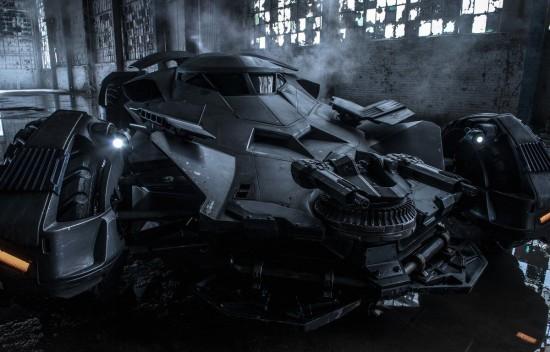 La nouvelle Batmobile, à découvrir dans Justice League