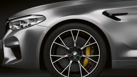 La BMW M5 Competition révélée 525ch et 305 km h annoncés