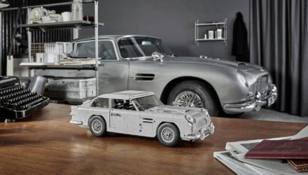 L'Aston Martin DB5 de James Bond en Lego !