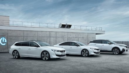 3008 et la gamme Peugeot passent à l'hybride !