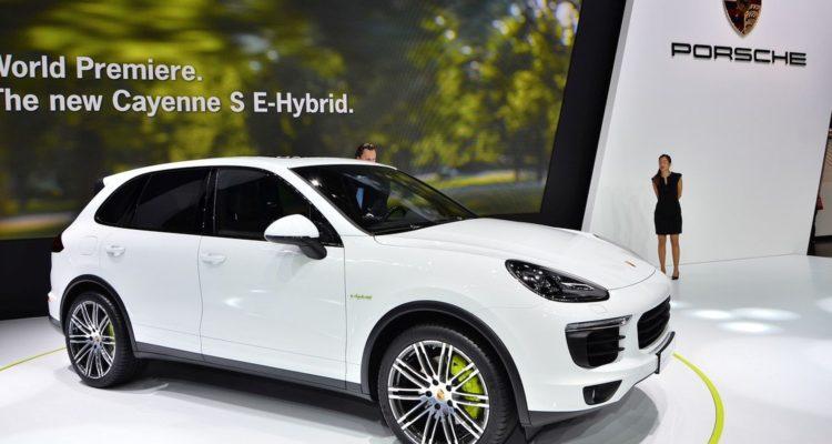 Le Porsche Cayenne véhicule hybride préféré des français !