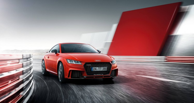 la nouvelle audi tt rs se dote de 400 chevaux le mag auto prestige. Black Bedroom Furniture Sets. Home Design Ideas