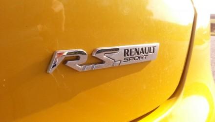 Nouvelel Clio R.S Trophy
