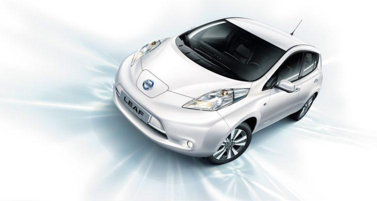 Mondial de l'Auto : Une Nissan Leaf