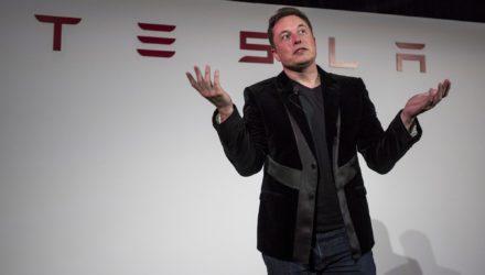 Elon Musk : un pick-up et du Bach pour Tesla !