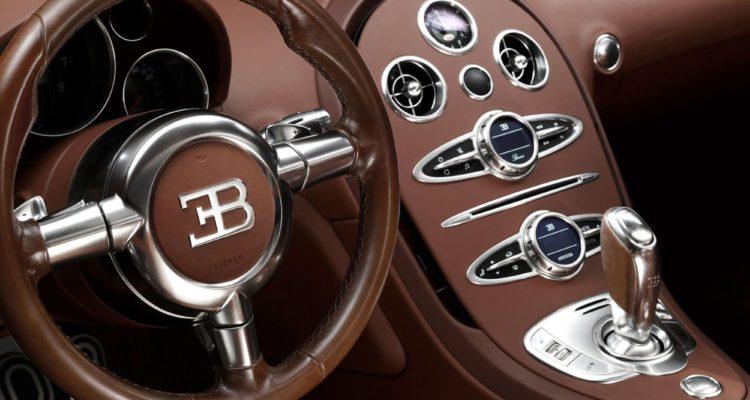 Cet été, il sera possible de piloter une Bugatti Veyron sans l'acheter !