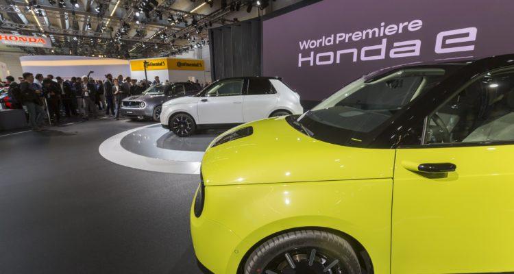 Honda e la petite voiture déjà star du Salon de Francfort 2019 !
