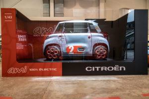 Exposition Citroën Ami Chérie j'ai agrandi la voiture !