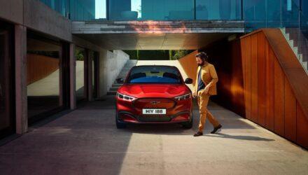 Mustang Mach-E, une série de vidéos pour le lancement du SUV électrique !